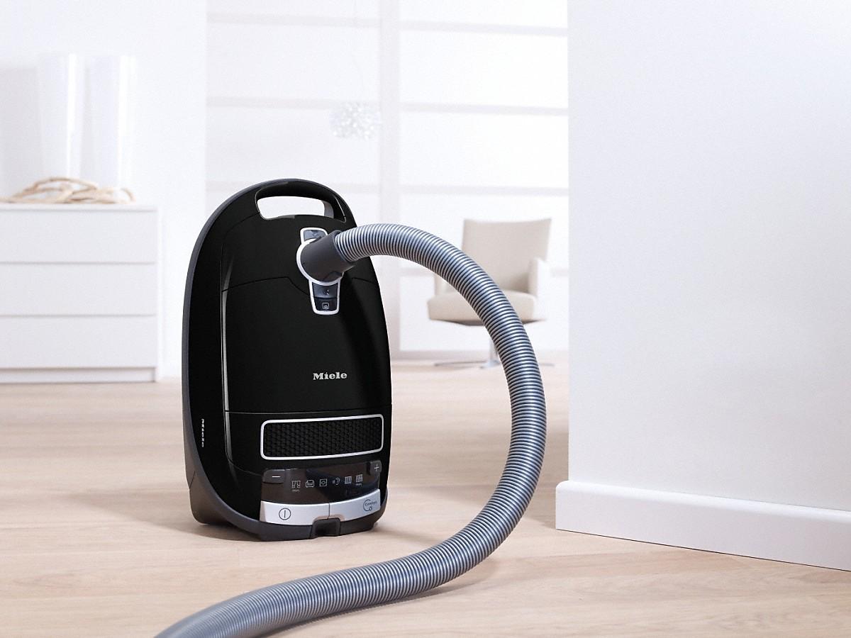 Miele Complete C3 Pure Black EcoLine støvsuger Støvsuger